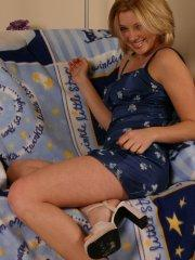 Pictures of teen Amy Amy Amy teasing on the couch