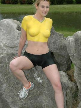 Pictures of Callista Model looking hot while rock climbing