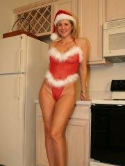 Pictures of Desirae Spencer sending you holiday cheer today