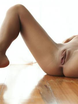 Pictures of a hot blonde showing her tight body