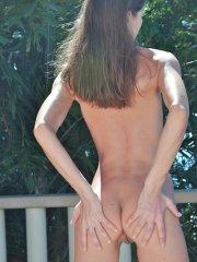 Pictures of Ivana Fukalot getting nude outside