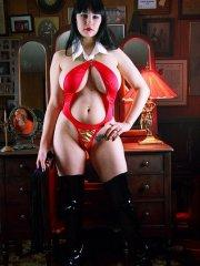 Pictures of Jennique Angel dressed as a hot dominatrix