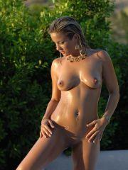 Pictures of Lia 19 all naked outside