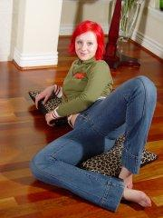 Pictures of Lindsey Marshal getting naked on her living room floor