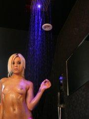 Pictures of Stacey Rocks getting soaped up in the shower