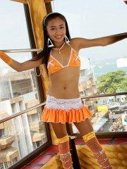 Pictures of teen slut Thainee dressed up to get you off