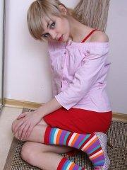 Pictures of teen cutie Gisele spreading in her socks