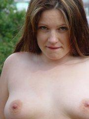 Pictures of Vicki Model showing her titties outside