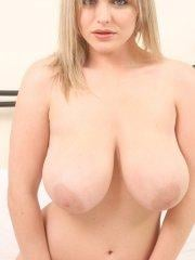 Pictures of Victoria Summers giving you her giant jugs